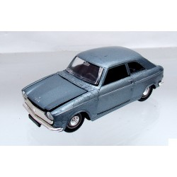NOREV  1/43  PEUGEOT  204 COUPE