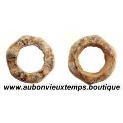ROUELLES GAULOISES en PLOMB avec CABOCHONS