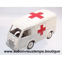 DINKY TOYS 1/43 REF :  80F  RENAULT CARRIER AMBULANCE MILITAIRE